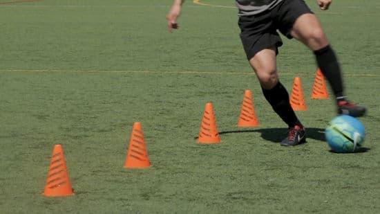 Teknik-Dasar-Sepak-Bola