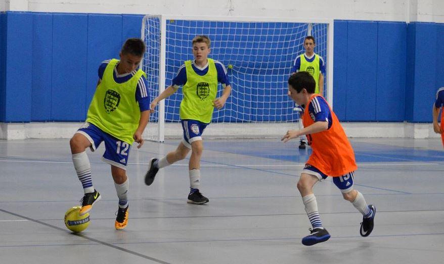 Tips-Agar-Tidak-Cepat-Merasa-Lelah-Saat-Bermain-Futsal.