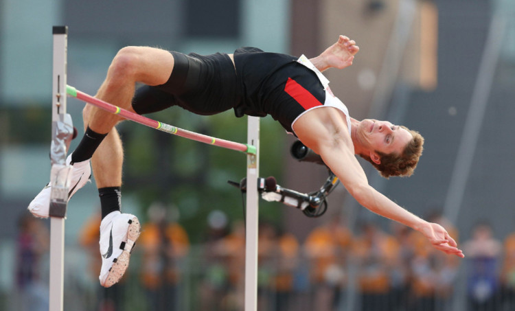 Lompat Tinggi Gaya Flop
